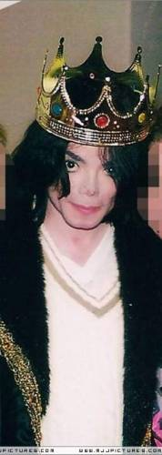 http://michaeljackson.at.ua/_ph/2/2/542295062.jpg